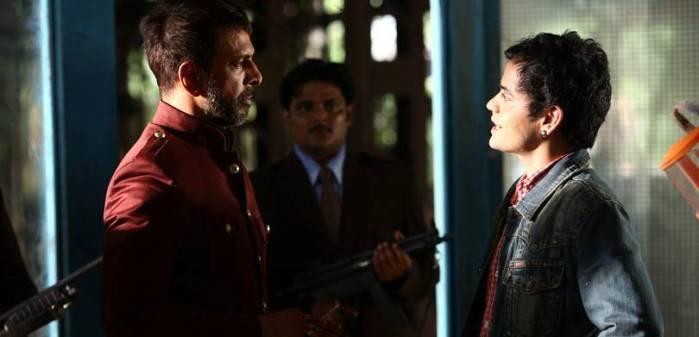 Javed Jaffrey as Bheem Singh and Amitosh Nagpal as Titu