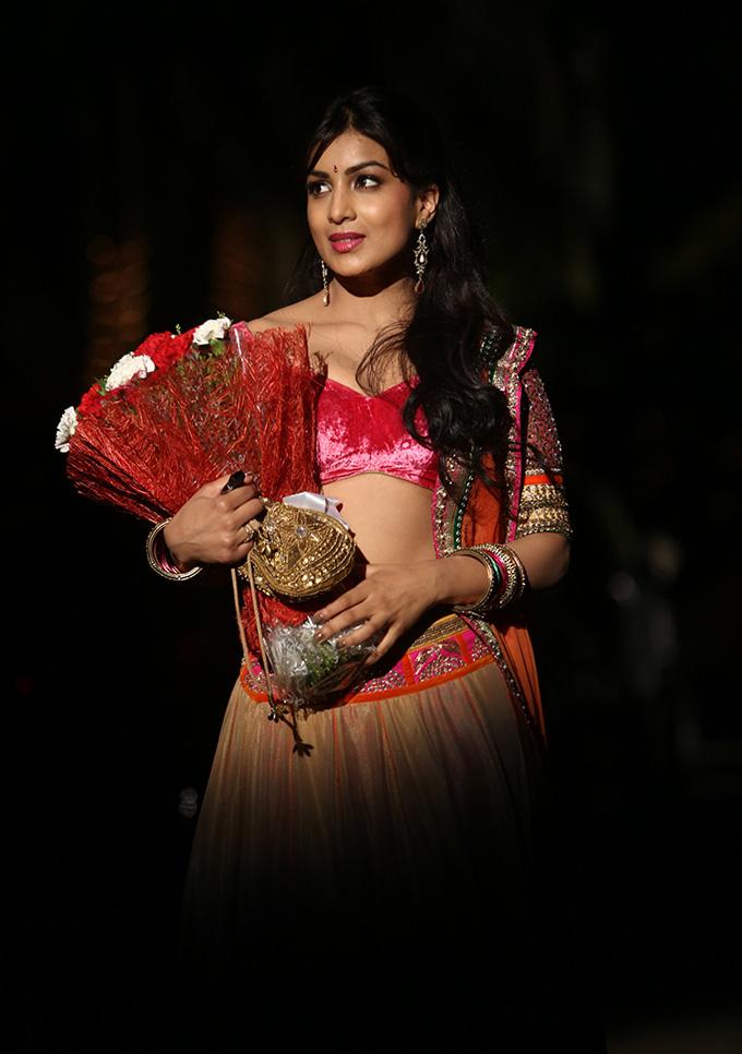 pallavi sharda in besharam movie - photo #3
