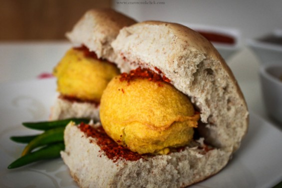 Vada Pav (Source: cravecookclick.com)
