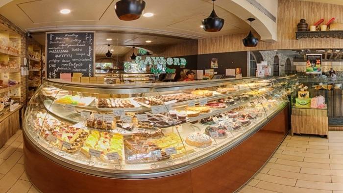 A bakery heaven - Gaylords, Churchgate