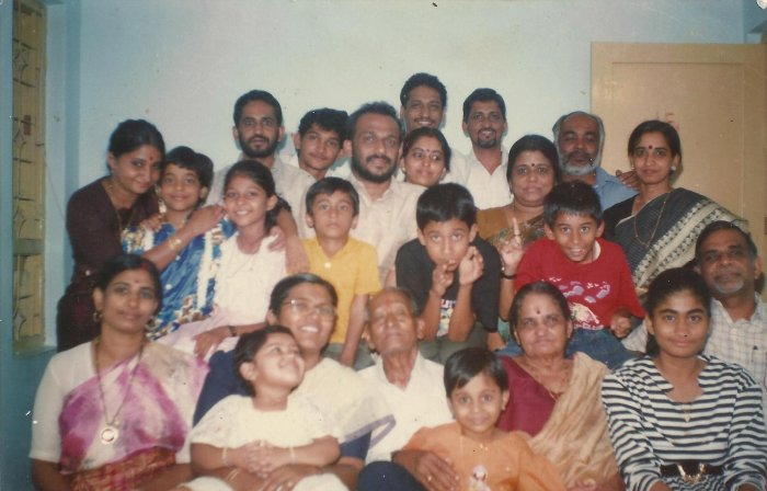 We are one big Mallu family ;) (Check out the boy in yellow tee)