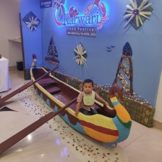 A random kid enjoying the Karwari theme :)